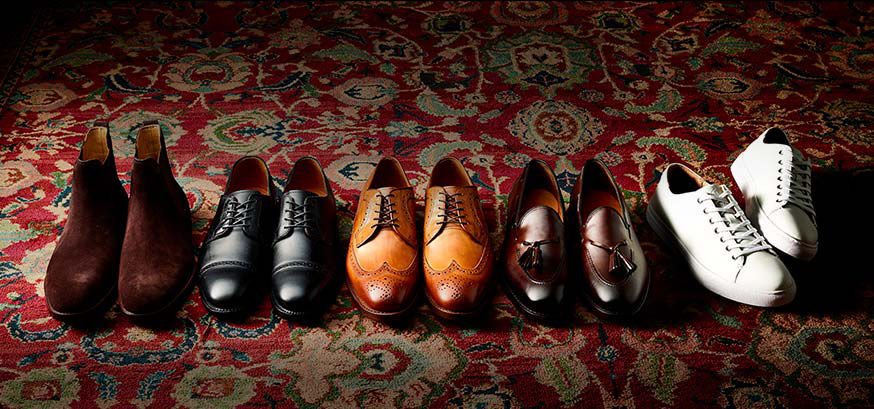 5 pairs of men's leather shoes